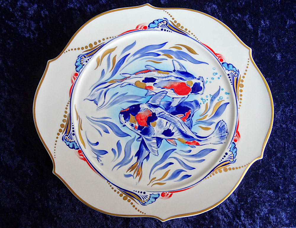 Plate with fish